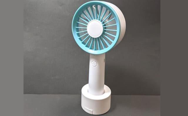 500円ダイソーハンディ扇風機D-TRIP